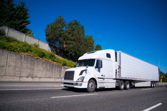 Commercial Truck vs Regular Insurance: Key Differences