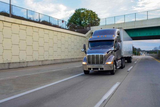 Why You Need Commercial Truck Insurance