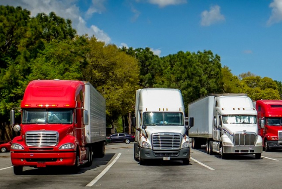 Tips on Sustaining a Trucking Business